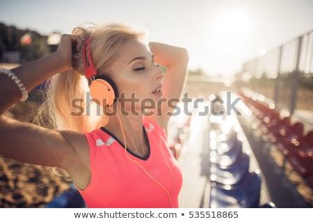 Dopasować młodych różowy górę na zewnątrz Zdjęcia stock © stryjek