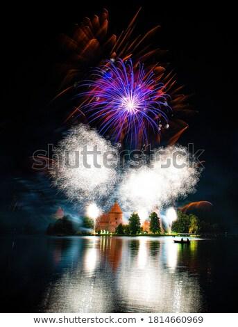 grande · fogos · de · artifício · lago · reflexão · água · feliz - foto stock © deymos