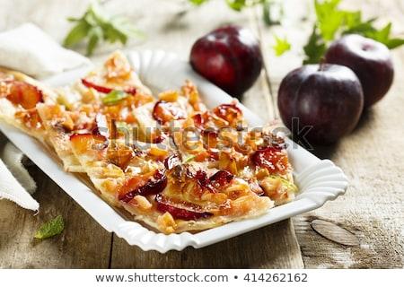 Pomme prune tarte maison tarte aux pommes confiture Photo stock © artlens