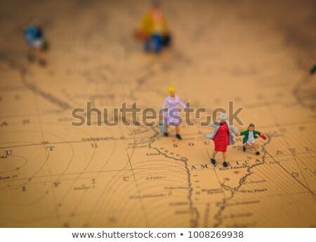 Menekült családok fut messze országok ikon szett Stock fotó © RedKoala