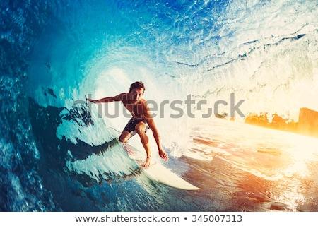 Surfista onda silhueta equitação oceano praia Foto stock © joyr