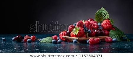 Assortiment fraîches baies fruits été fraise Photo stock © M-studio