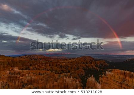 Arco-íris tempestade anfiteatro ponto desfiladeiro escuro Foto stock © billperry