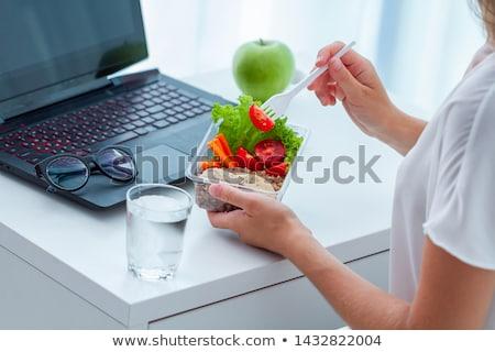 ноутбука еды яблоко зеленый избирательный подход Сток-фото © Gordo25