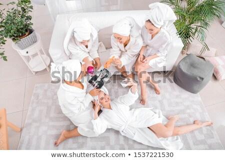 Trattamento termale letto donna felice Foto d'archivio © dash