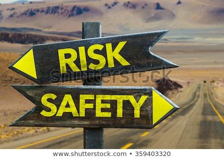 Управление рисками шоссе указатель небе бизнеса дороги Сток-фото © tashatuvango