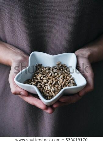 vrouw · hand · zaden · mensen - stockfoto © denismart