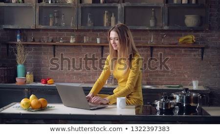 b46861be44e9e3 Type · lang · haar · ingesteld · vrouwen · koken - vector ...
