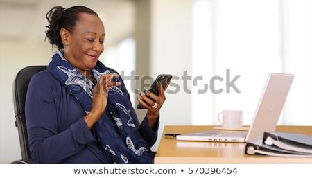Foto stock: Senior · empresária · telefone · móvel · escritório · alegre · telefone