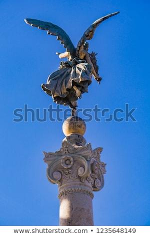 estátua · anjo · asas · de · anjo · arquitetônico · elemento · pássaro - foto stock © boggy