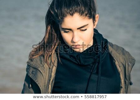 クローズアップ · 肖像 · 夢のような · 十代の少女 · 孤立した · 白 - ストックフォト © mtoome