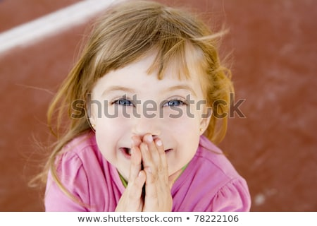 rubio · nina · rezando · manos · gesto · blanco - foto stock © lunamarina