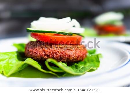 牛肉 · ハンバーガー · ブルーチーズ · 自家製 · ナチョス · チップ - ストックフォト © digifoodstock