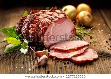 Foto d'archivio: Affumicato · carne · di · maiale · carne · fabbrica · stoccaggio · sfondo