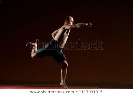 Volwassen man blazen hand springen sport Stockfoto © Andreyfire