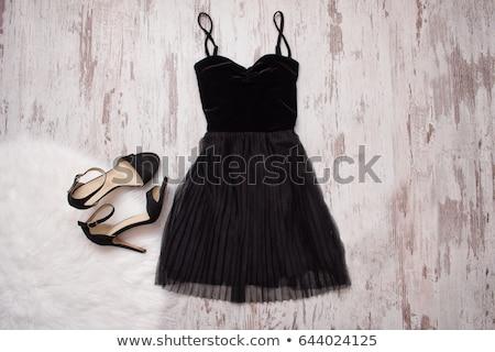 Stockfoto: Weinig · zwarte · jurk · mooie · slank · brunette · meisje