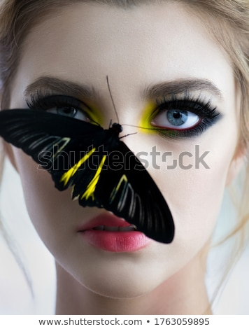 Vlinder make mooie vrouw modieus jurk creatieve Stockfoto © carlodapino