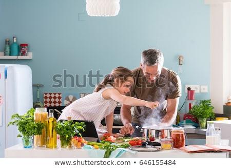 Baba kız pişirme aile adam eğlence Stok fotoğraf © IS2