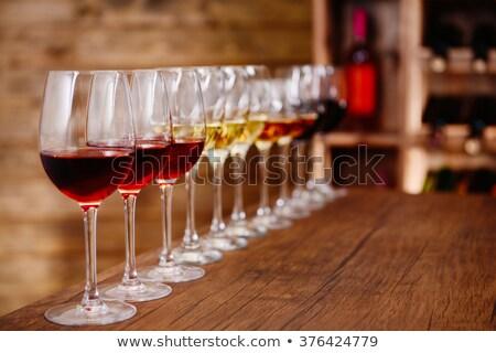 Wijnproeven houten wijn glas rustiek Stockfoto © stokkete