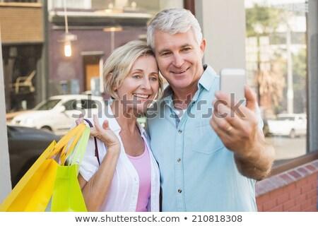 paar · volwassen · vrouw · liefde · telefoon - stockfoto © wavebreak_media