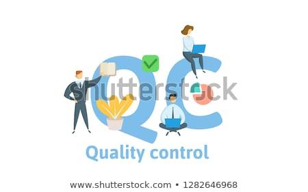 standart · kalite · kontrolü · iniş · sayfa · küçücük · iş · adamları - stok fotoğraf © rastudio