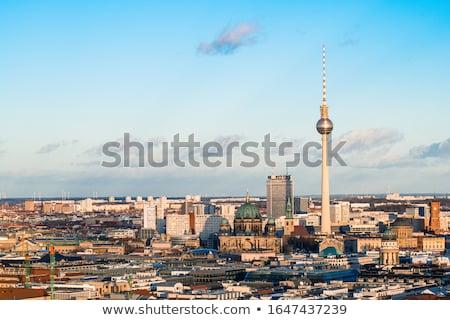 Berlim televisão torre fernsehturm ver mundo Foto stock © eldadcarin