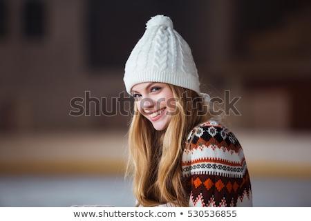 Genç kadın sıcak yün hırka portre poz Stok fotoğraf © lightpoet