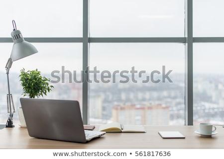 lugar · de · trabajo · pc · pared · de · ladrillo · estilo - foto stock © karandaev