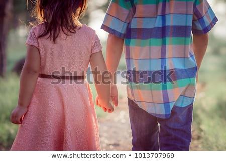 Fratello sorella holding hands ragazza piedi percorso Foto d'archivio © IS2