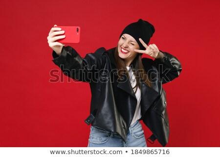 Stockfoto: Foto · glimlachend · brunette · vrouw · shirt · praten