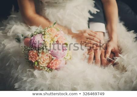 Mãos anéis buquê de casamento flor casamento Foto stock © ruslanshramko