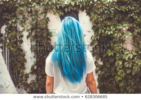 Blau Haar Ziemlich Schlank Frau Grau Stock Foto