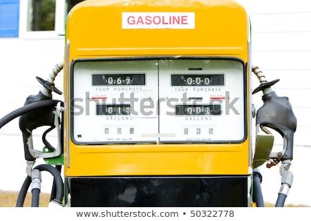 detalle · edad · gasolinera · New · Hampshire · EUA · petróleo - foto stock © phbcz