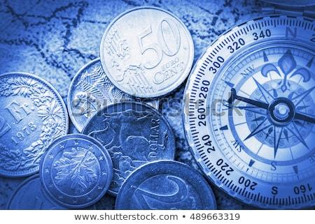 atual · vermelho · branco · dinheiro - foto stock © tashatuvango