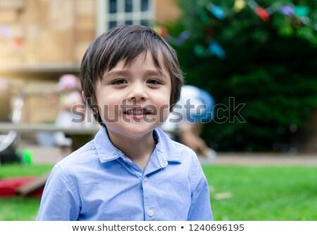 Jongen spelen tuin kind leuk Stockfoto © bmonteny