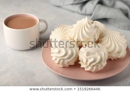 Forró csokoládé csésze tejszínhab fahéj vágódeszka rusztikus Stock fotó © zhekos
