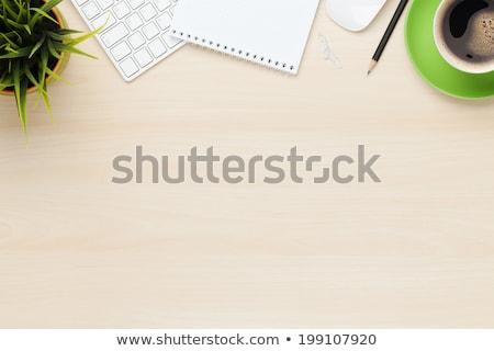 Jegyzettömb fa asztal sok levelek üzlet gyermek Stock fotó © fuzzbones0