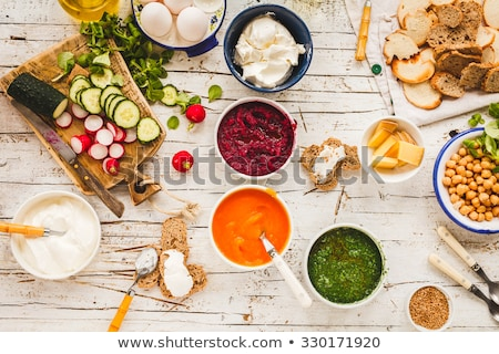 blanche · yogourt · tranches · betterave · radis · bol - photo stock © Digifoodstock