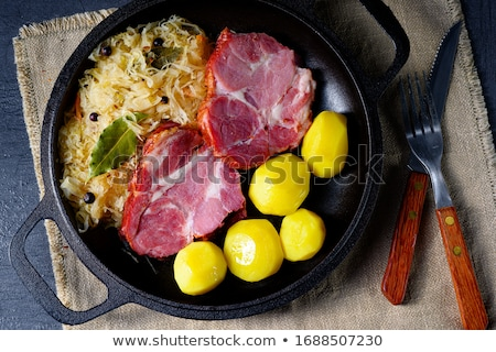 Fumado carne de porco batata chucrute prato pescoço Foto stock © Digifoodstock