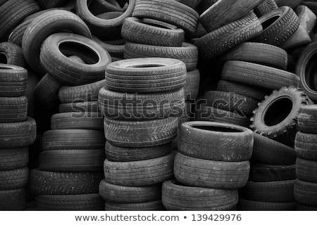 halom · öreg · autógumik · újrahasznosítás · növény · Thaiföld - stock fotó © 5xinc
