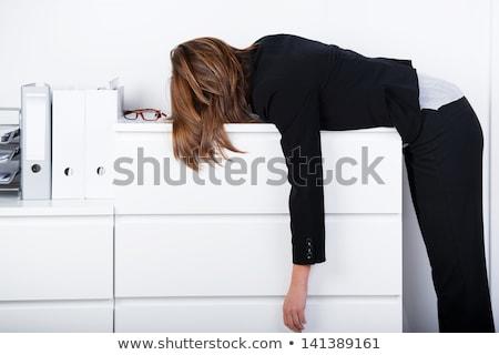 исчерпанный · деловая · женщина · очки · используя · ноутбук · месте · устал - Сток-фото © andreypopov