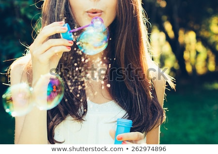 Dromerig bubble meisje blond teen schoonheid Stockfoto © lithian