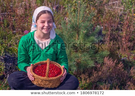 sorridente · menina · mão · mulher - foto stock © dash