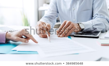gens · d'affaires · négociation · accord · affaires · bureau - photo stock © pressmaster