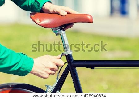 adam · sabit · dişli · bisiklet · eyer - stok fotoğraf © dolgachov