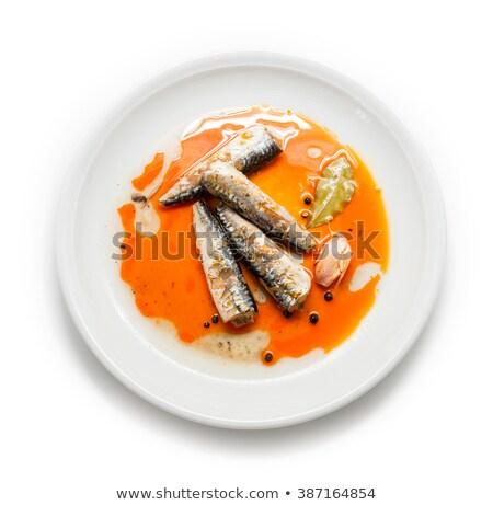 étain pétrolières blanche poissons métal contenant Photo stock © Digifoodstock