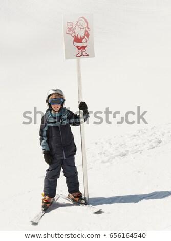 sinal · de · parada · enterrado · neve · assinar · branco · pare - foto stock © is2