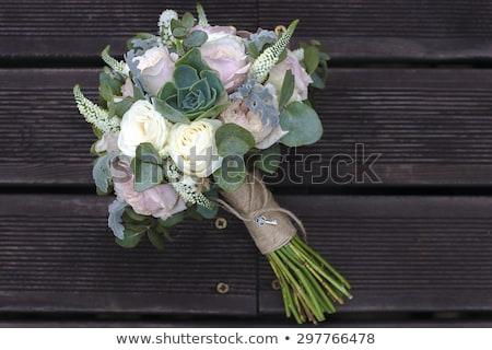 Menyasszonyi virágcsokor rózsák fából készült deszkák barna Stock fotó © ruslanshramko