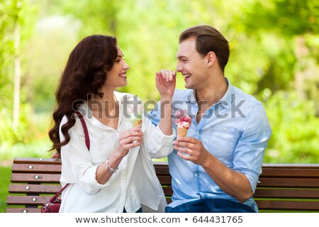 Casal brincadeira alimentação sorvete amor Foto stock © Minervastock