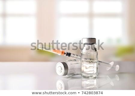 Cukorbeteg inzulin fiola injekciós tű irányítás cukorbetegség Stock fotó © -TAlex-